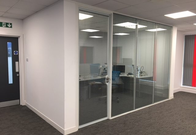 glass office partitions installation